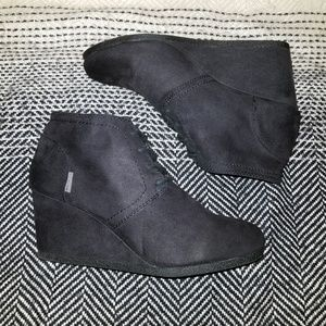 Black Wedged Booties